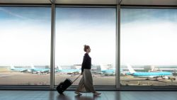 Verliefdheid veranderde in walging toen chatvriendin Jenny op de luchthaven stond