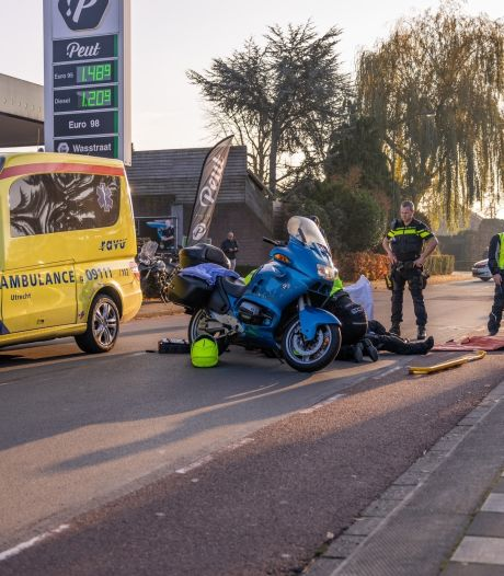 Motorrijder gewond geraakt in Hoogland