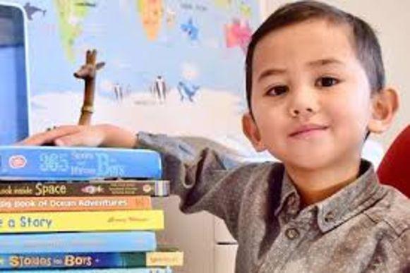 De kleine Muhammad Haryz Nadzim is met zijn 3 jaar het jongste lid van het Britse Mensa.