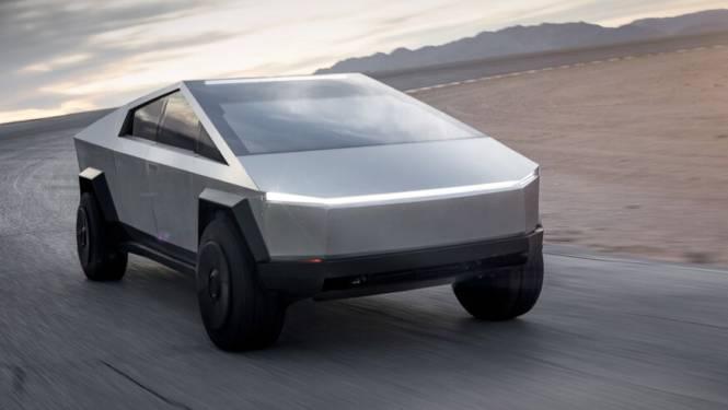 Walging én waardering: zo reageert het internet op bizarre pick-up van Tesla
