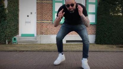 """Kleuterleider Gerd solliciteerde met heerlijke rap voor job als nieuwe Gert: """"Had graag een paar selfies met Samson gemaakt"""""""