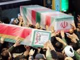 'Dood aan Amerika': Rouwende Iraniërs herdenken Soleimani in Teheran