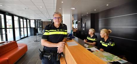 Publieksbalie politie tijdelijk in hal stadhuis Oldenzaal