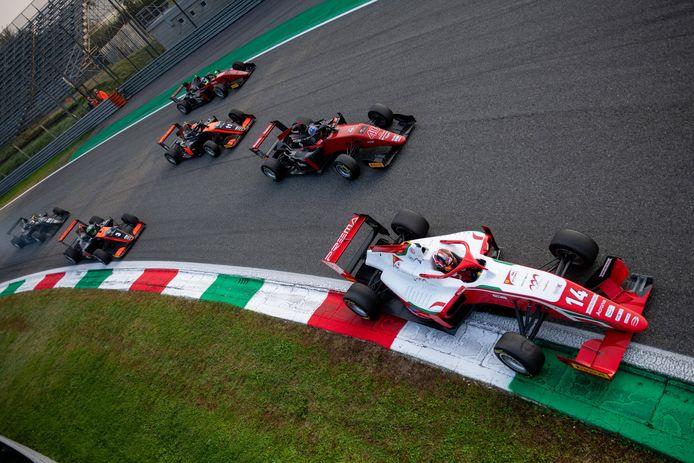 Formula 3 in acties op Monza. vorige maand.