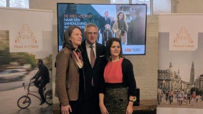 Kris Peeters krijgt twee vrouwen achter zich op Antwerpse CD&V-lijst