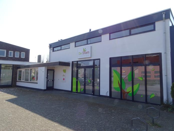 Fysiotherapie De Stam zit op een andere locatie in Raalte-dorp: Lifgerusstraat 1a.