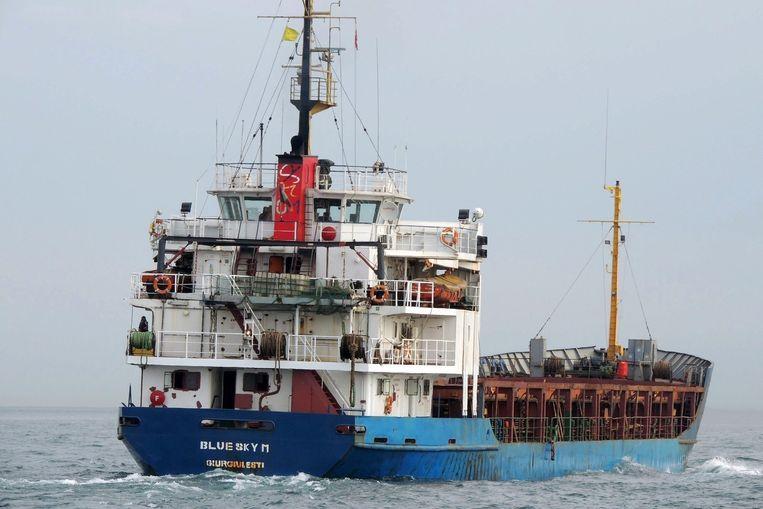 Het Moldavische vrachtschip Blue Sky M.