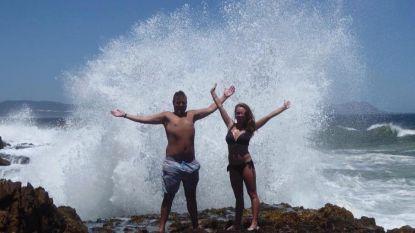 VIDEO: Marelize en Ryan nemen geweldige foto op vakantie. En dan worden ze overmoedig