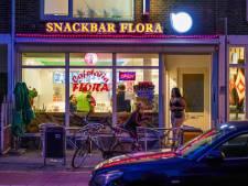 Drie jongeren met mes overvallen Snackbar Flora in Eindhoven