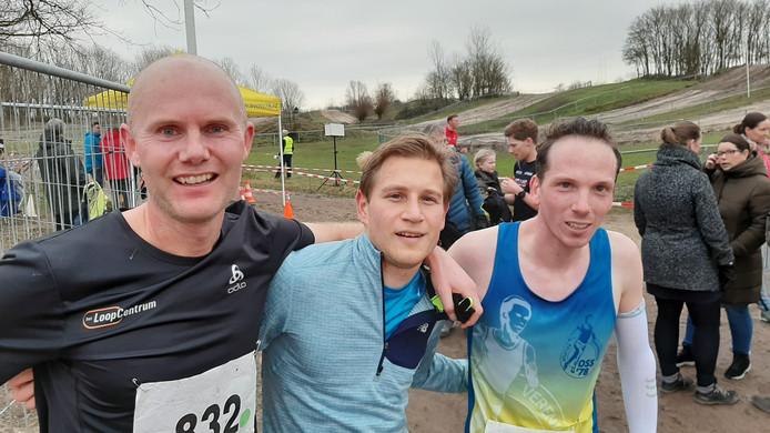Winnaar Rick Hendriks samen met de nummers twee Maikel Tax (rechts) en drie Niels Staring.