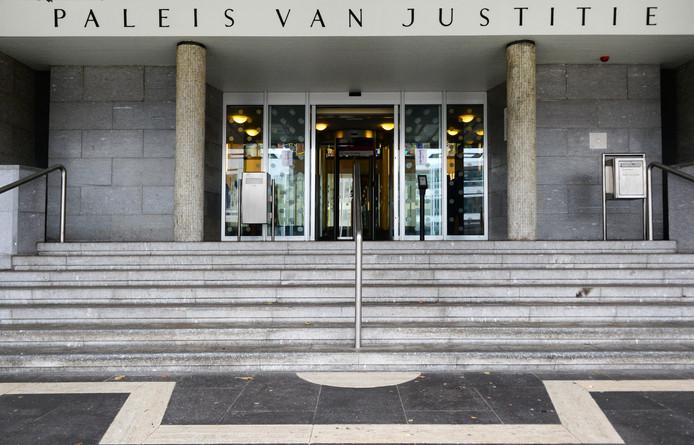 Exterieur van de rechtbank in Arnhem