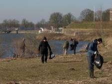 Gorcumers gaan de aarde schoonmaken en beginnen bij de Lingehaven