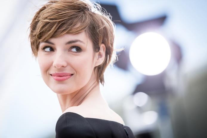 """Louise Bourgoin à Cannes en 2015 pour le film """"Je suis un soldat""""."""