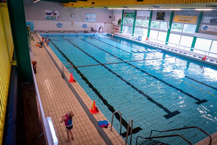 Steun vanuit de Neder-Betuwse GemeenteBelangenfractie, voor subsidie om het zwembad in Zetten open te houden.