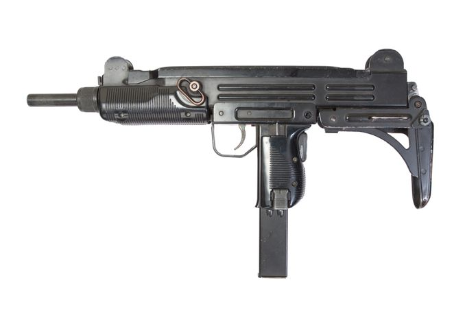 Volautomatisch geweer van het merk uzi zoals verdachte S. van plan zou zijn geweest te verkopen in Amersfoort.