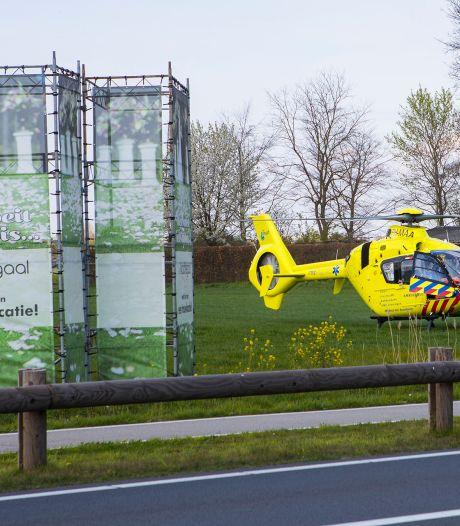 Fietser ernstig gewond naar ziekenhuis na ongeluk met auto in Schijndel