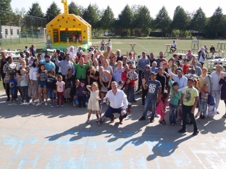 Het SVK vierde samen met zijn huurders feest op het Kerelsplein.