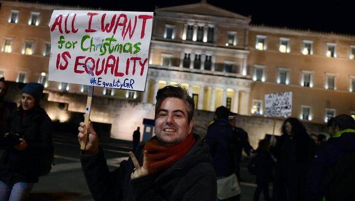 Demonstranten voor het parlementsgebouw in Athene.