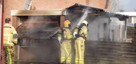 Garagebox in brand in Doetinchem, politie vermoedt brandstichting