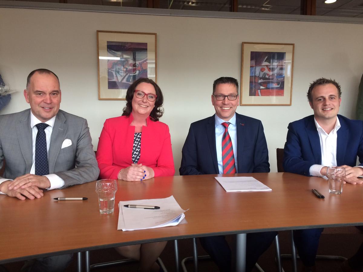 Het nieuwe college van Uden bij de start in 2018. Vlnr Maarten Prinssen, Ingrid Verkuijlen. Franko van Lankvelt en Gijs van Heeswijk.