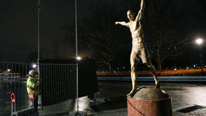 Weer prijs: nu gaan vandalen standbeeld Zlatan te lijf met kettingzaag