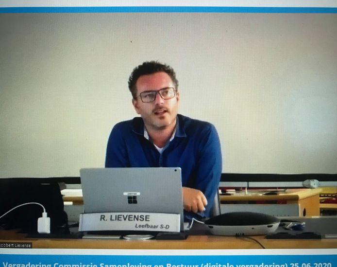 LSD-voorman Robbert Lievense tijdens de digitale commissievergadering.