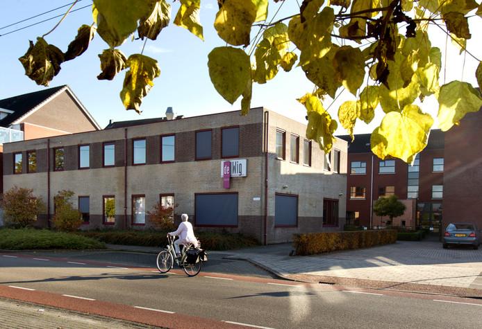 De voormalige Wig in Best staat al vijf jaar leeg. Er komen appartementen voor ouderen in.