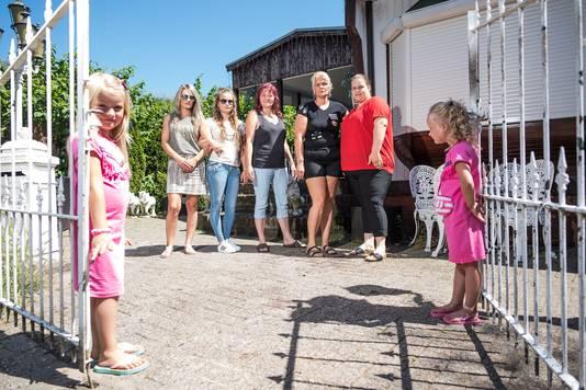 Bewoners van het kamp aan de Bethaniënstraat in Arnhem trokken deze zomer aan de bel.