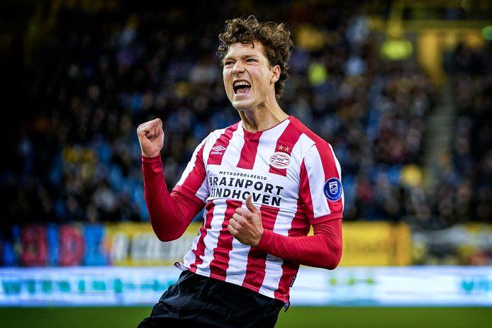 Willem II krijgt een bescheiden bedrag voor de verhuizing van Sam Lammers van PSV naar Atalanta.