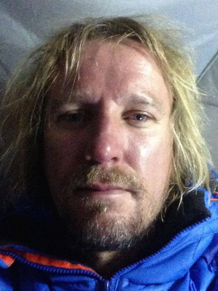 De volgende foto's tonen het effect van de klim op Lassche. Hij maakte gedurende het proces negen foto's van zichzelf. 3/9 Beeld Geert Jan Lassche
