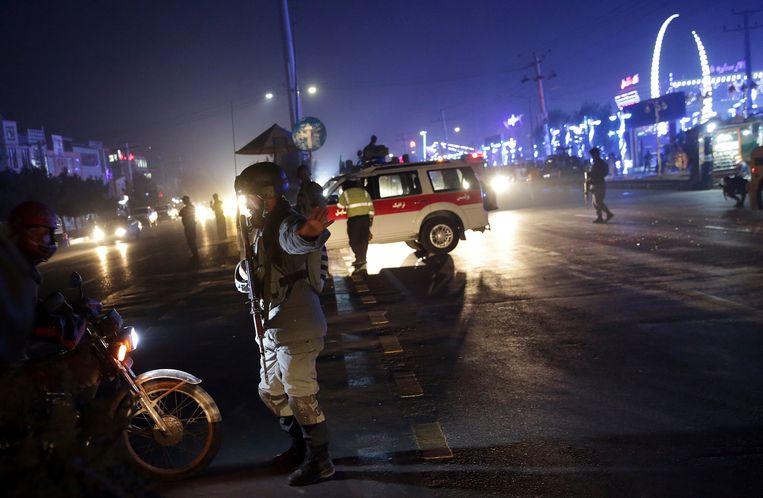 De wegen rond de plaats van de aanslag werden geblokkeerd.
