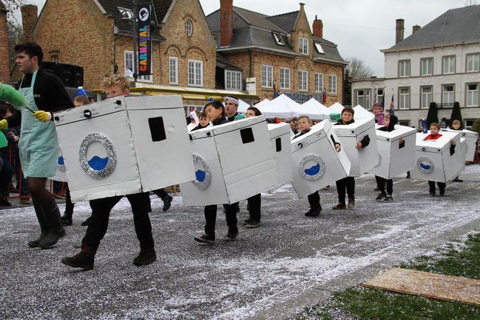 De rakkers van de Chirojongens draaiden door, maar het waren wel wasmachientjes