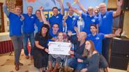 Organisatoren Berchem Bruist schenken 2.000 euro aan tienjarige Fé