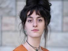 Romé van Akku is boos over leenstelsel: 'Je bouwt studieschuld op van 50.000 euro'