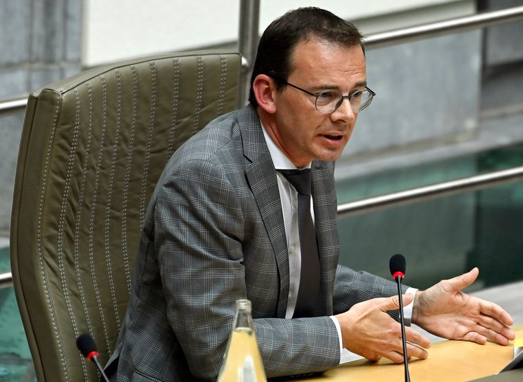 Wouter Beke in het Vlaams parlement.