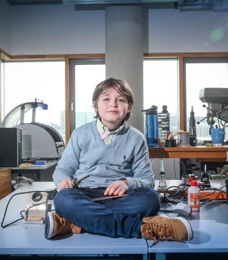 Nog nooit vertoond: Laurent (9) haalt bachelor aan TU Eindhoven