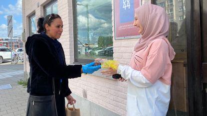 Jeugdwerkers delen 420 kilo dadels uit aan Gentse jongeren en gezinnen
