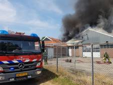 Grote uitslaande schuurbrand in Geesteren