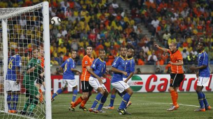 """Nederlandse ex-internationals die in 2010 Brazilië al verschalkten, geloven in Rode Duivels: """"België is beter dan Brazilië"""""""