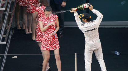"""Lewis Hamilton blij dat grid girls in Monaco weer van de partij zijn: """"Een vrouw is toch het mooiste wat er bestaat?"""""""