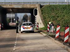 Fietsreiziger van snelweg geplukt op knooppunt Maanderbroek Ede