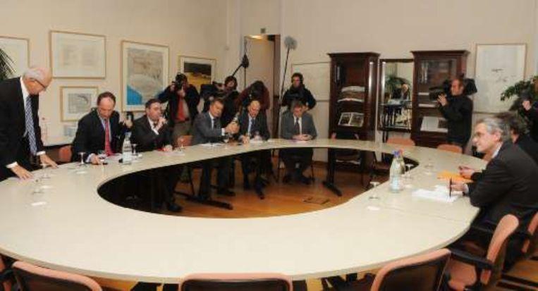 De managers van verschillende mediabedrijven overlegden vandaag met minister-president Kris Peeters, bevoegd voor mediazaken.