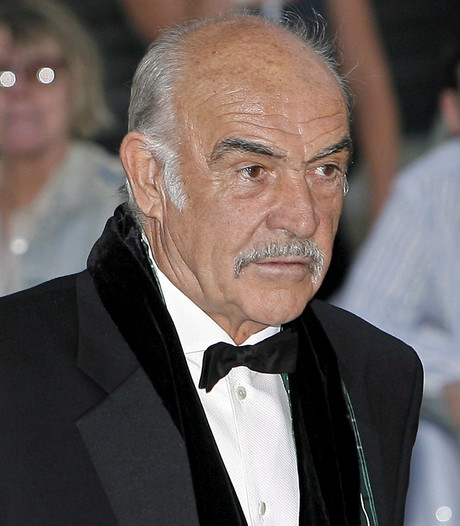 Sean Connery bedroefd om dood Roger Moore