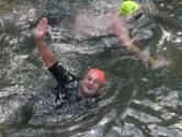Arturo viel 50 kilo af sinds zijn laatste Swim: 'Ik zwem nu veel makkelijker'