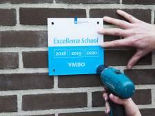 Vlag uit bij 79 scholen: drie jaar pronken met eretitel 'excellent'