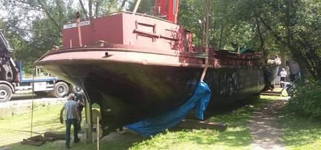 Schip uit 1924 strijkt neer op Stadsblokken van de oude haven