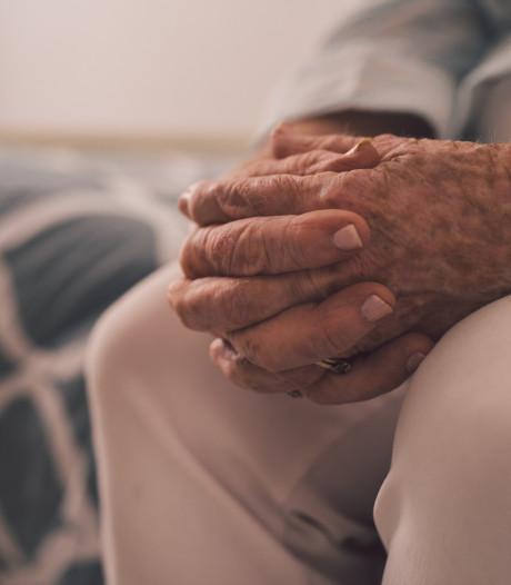"""""""Arrêtons le remboursement des médicaments anti-Alzheimer"""""""