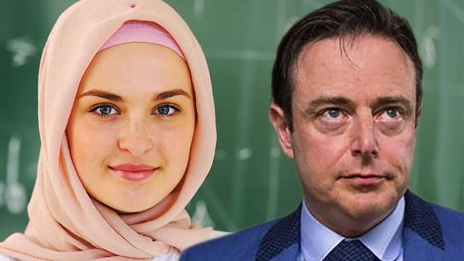 """De Wever over hoofddoekendebat: """"Ik sluit me aan bij leer van spaghettimonster en stuur mijn kinderen naar school met vergiet op hun hoofd"""""""