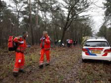Mountainbiker naar ziekenhuis na onwelwording in bos bij Overloon