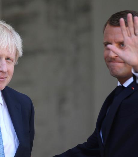 """Brexit: une solution peut être trouvée """"d'ici 30 jours"""" selon Macron"""